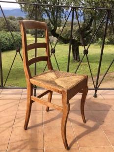 Las sillas, antes.